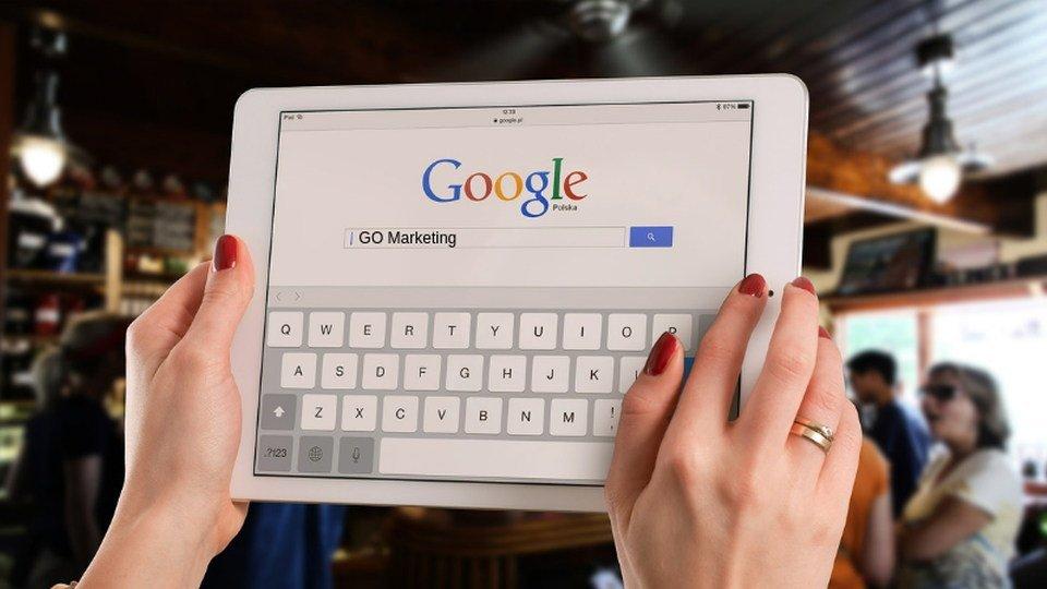 Contact Social Media Content / Blog Writing